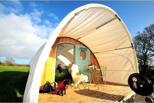 Adam Glamping Cabin Glastonburry