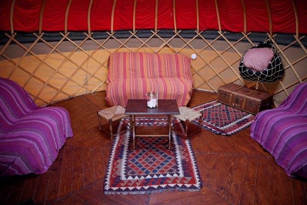 Long Valley Yurts whay you can expect inside our Yurts